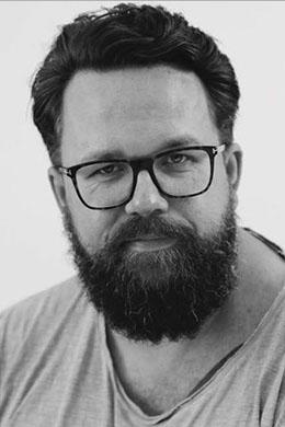 Nikhil Højfeldt